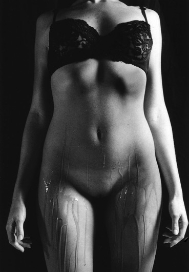 Nudes-2004-by-Leah-Hawker-1
