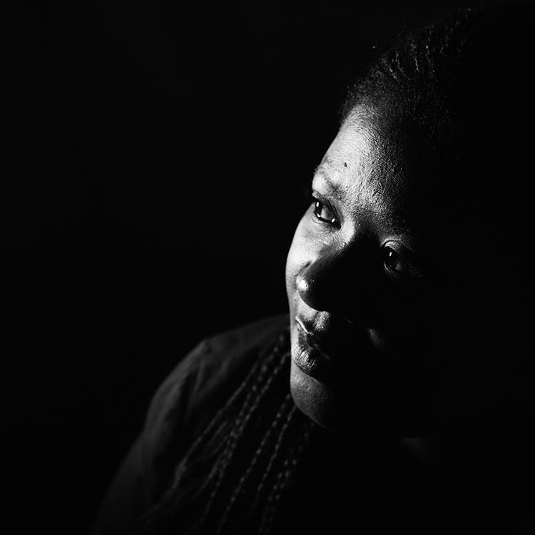 Asanda Bobotyane -Birth South Africa - Portraits by Leah Hawker