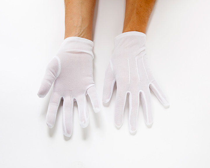The-Collection---GLOVES---no.093---Catalogued-for-TheSofterSex