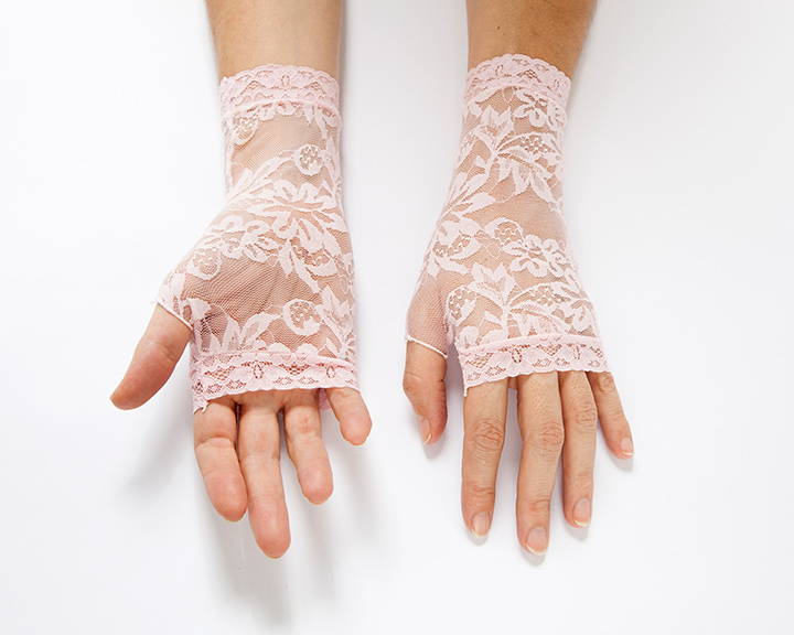 The-Collection---GLOVES---no.095---Catalogued-for-TheSofterSex
