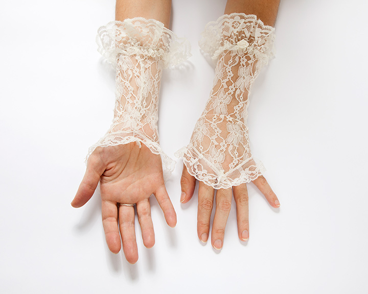 The-Collection---GLOVES---no.096---Catalogued-for-TheSofterSex