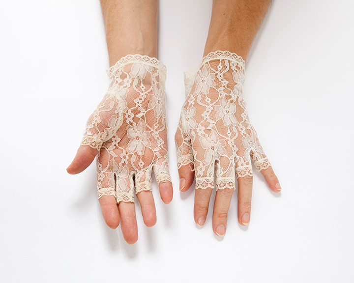 The-Collection---GLOVES---no.097---Catalogued-for-TheSofterSex