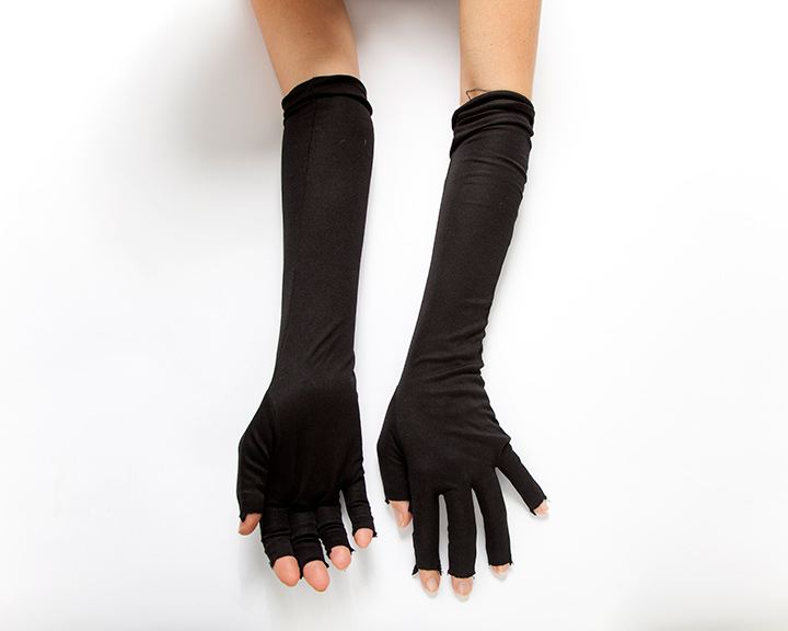 The-Collection---GLOVES---no.099---Catalogued-for-TheSofterSex