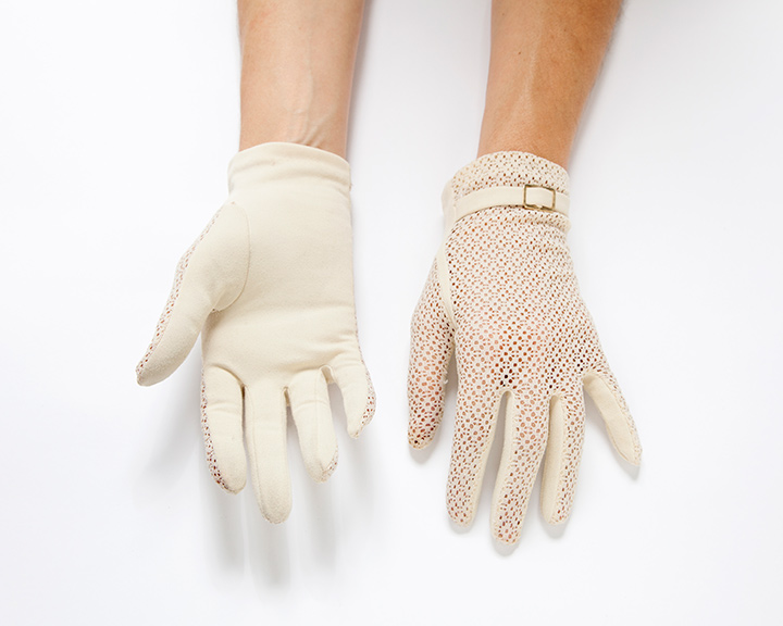 The-Collection---GLOVES---no.102---Catalogued-for-TheSofterSex